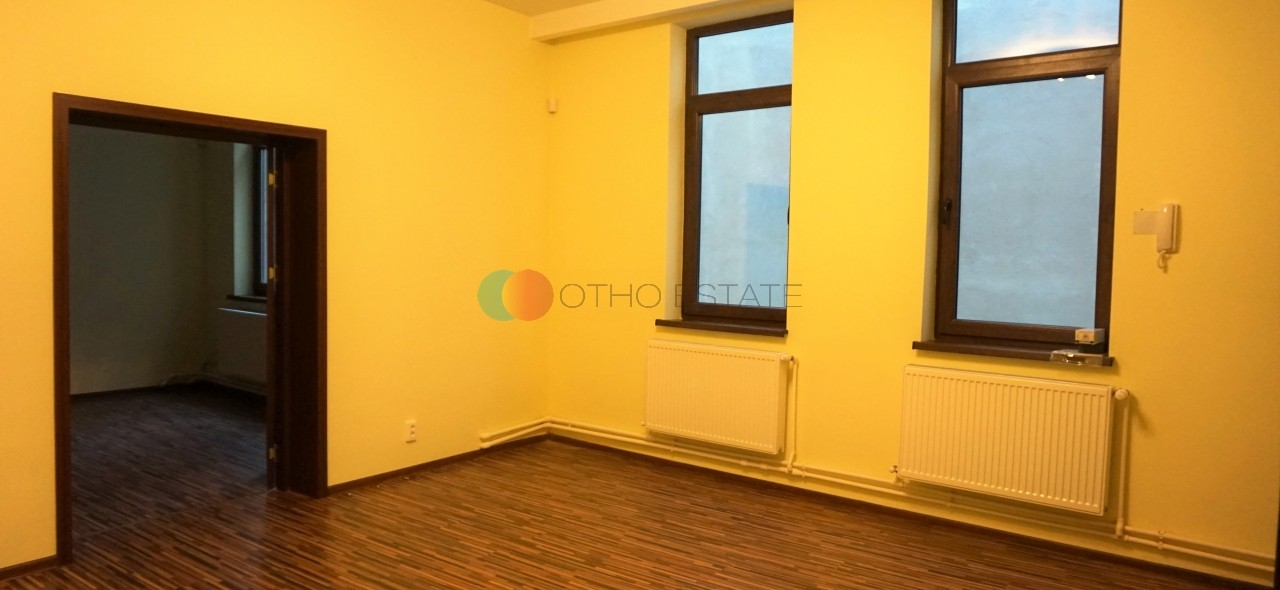 85 sqm 3 room commercial space for rent, Bucharest, Piata Amzei main picture