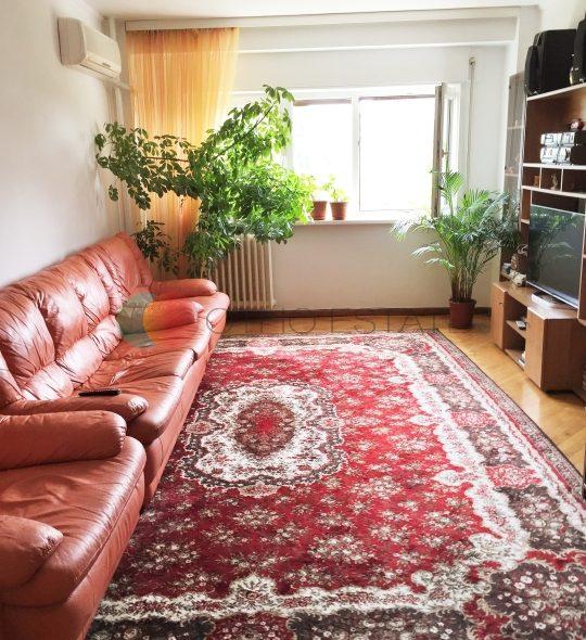 100 sqm 4 room apartment for sale, Piata Unirii, Bucharest main picture