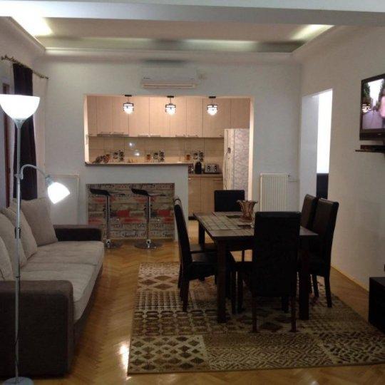 Inchiriere Apartament 5+ camere Bucuresti, Romana poza principala
