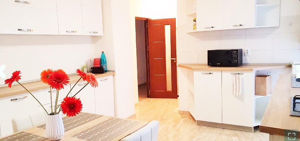 Inchiriere Apartament 3 camere Bucuresti, Romana poza principala